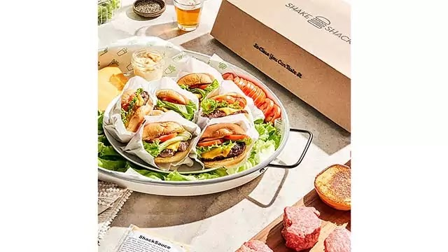 Baldor Specialty Foods Introduces Shake Shack Burger Kit